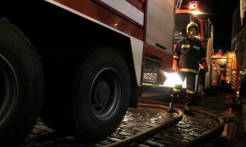 Γαστούνη: Παρανάλωμα πυρός γνωστό καφενείο στο κέντρο της πόλης (pics)