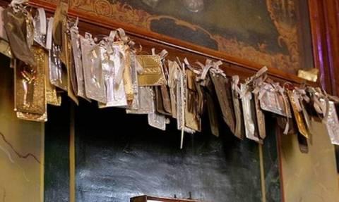 Αχαΐα: Μπήκαν στον Αγ. Νικόλαο και σήκωσαν τα τάματα από την εικόνα του Αγίου