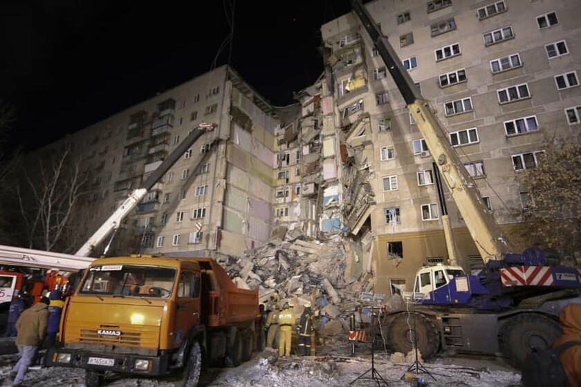 Έκρηξη Ρωσία: «Θαύμα» κάτω από τα συντρίμμια – Ανέσυραν ζωντανό βρέφος δέκα μηνών (Pic)