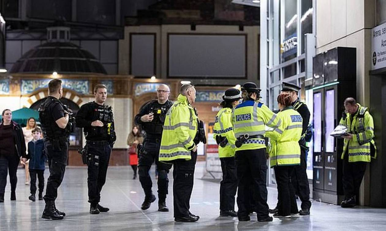 Βρετανική αστυνομία: Ο δράστης της επίθεσης στο Μάντσεστερ δεν είχε συνεργούς