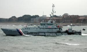 Άμεση ανάκληση των περιπολικών σκαφών που επιχειρούν στο Αιγαίο διέταξε η Βρετανία - Τι συνέβη;