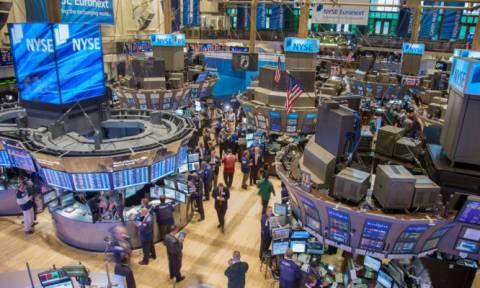 «Ποδαρικό» με μικρά κέρδη στη Wall Street