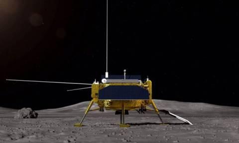 Ιστορικό επίτευγμα: Κατακτήθηκε η μυστηριώδης σκοτεινή πλευρά της Σελήνης (vid)