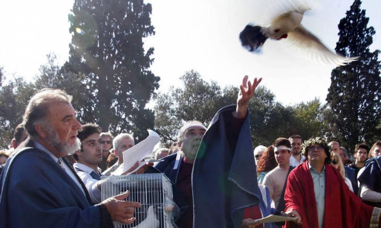 Απίστευτο σκηνικό: Δωδεκαθεϊστές πλακώθηκαν με χριστιανούς στο Ιερό της Ελευσίνας