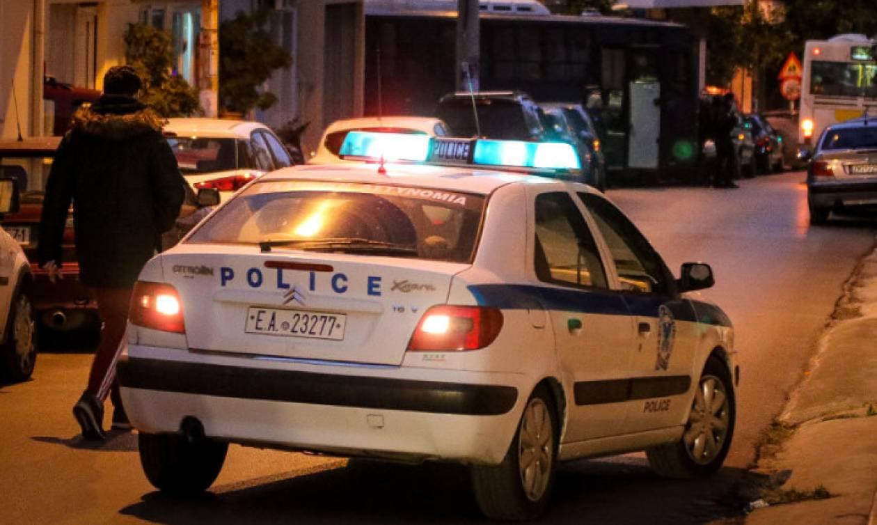 Έγκλημα στον Πειραιά: Προφυλακιστέος ο δράστης της δολοφονίας του 21χρονου - Ένταση στα δικαστήρια