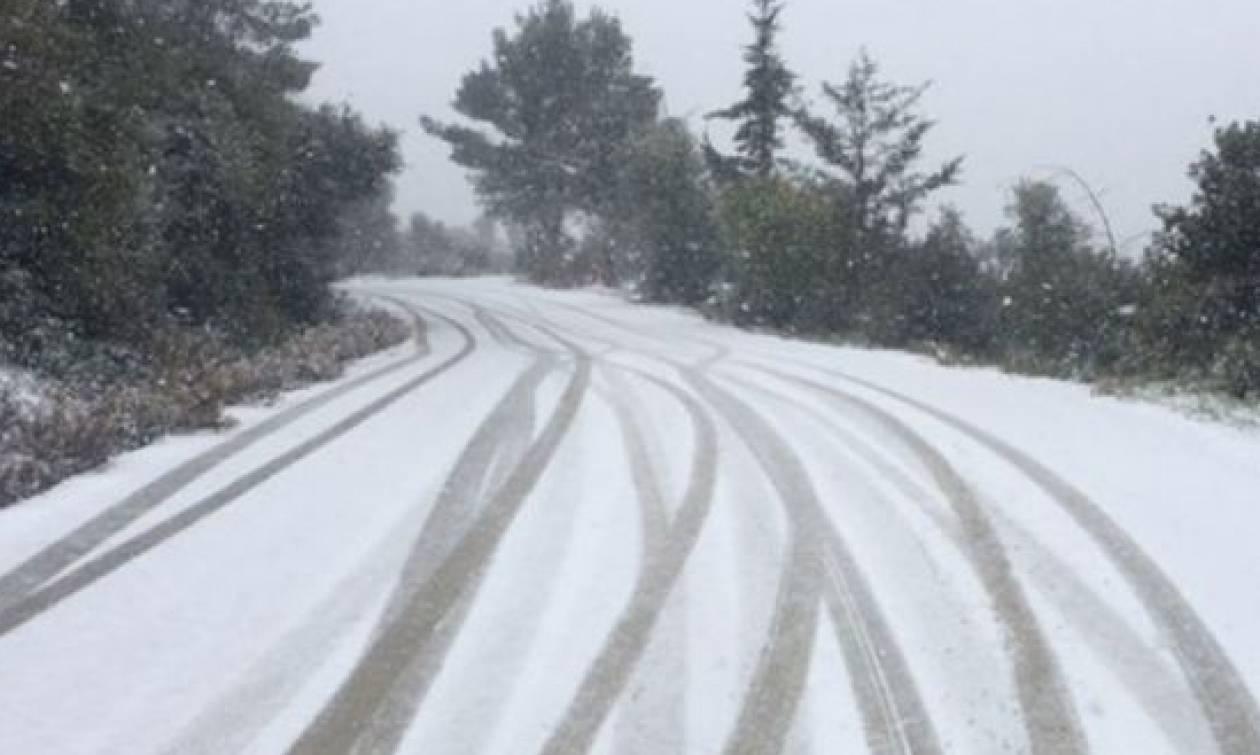 Καιρός: Eπιχείρηση απεγκλωβισμού οχημάτων στα Ορεινά του δήμου Ναυπακτίας