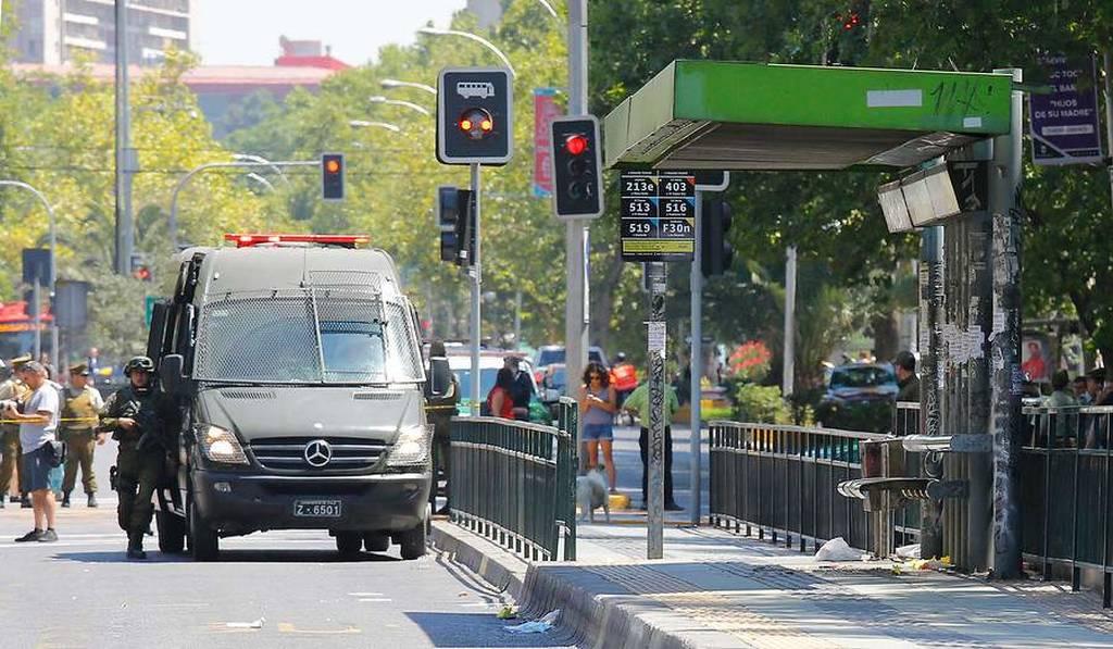 ΕΚΤΑΚΤΟ: Πανικός στο Σαντιάγο: Ισχυρή έκρηξη σε στάση λεωφορείου – Τουλάχιστον πέντε τραυματίες