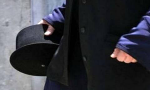 Ιερέας έπεσε θύμα ξυλοδαρμού έξω από εκκλησία στα Πατήσια