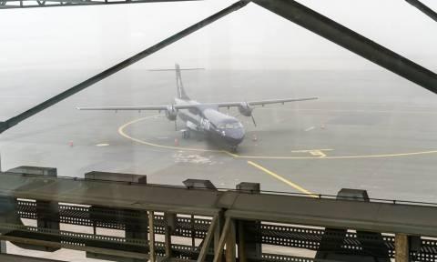 Καιρός ΤΩΡΑ: Χάος στο αεροδρόμιο Μακεδονία – Ακυρώνονται πτήσεις λόγω κακοκαιρίας