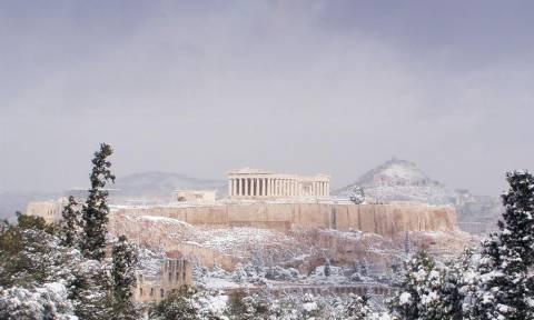 Καιρός: Θα χιονίσει και στην Αθήνα τη Δευτέρα; Νέος χιονιάς από το βράδυ της Κυριακής...