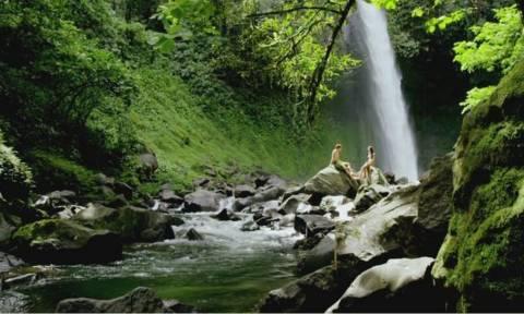 Αυτό είναι το ομορφότερο μέρος της γης και υπάρχει σε βίντεο!
