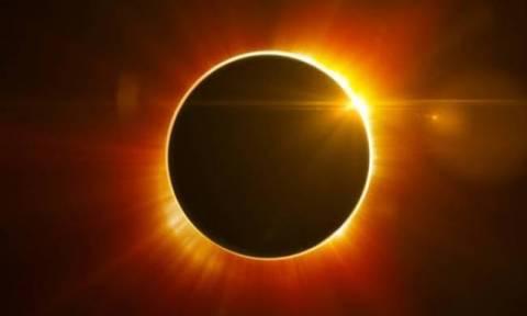Με τα μάτια καρφωμένα στον ουρανό: Μερική έκλειψη ηλίου αύριο - Η πρώτη του 2019