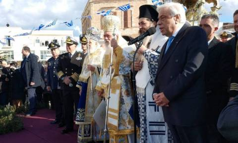 President Pavlopoulos attends Epiphany Day celebrations in Syros