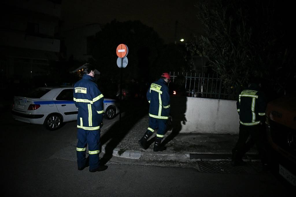 Άγιος Δημήτριος: Παραδόδηθκε ο ένοπλος που είχε ταμπουρωθεί σε διαμέρισμα