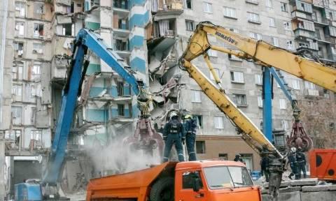 Ρωσία: 403 οι άστεγοι από την κατάρρευση της πολυκατοικίας στο Μαγκνιτογκόρσκ