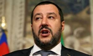 Αντιμέτωπος με εξέγερση Ιταλών δημάρχων ο Σαλβίνι – Αρνούνται να υπακούσουν στις εντολές του