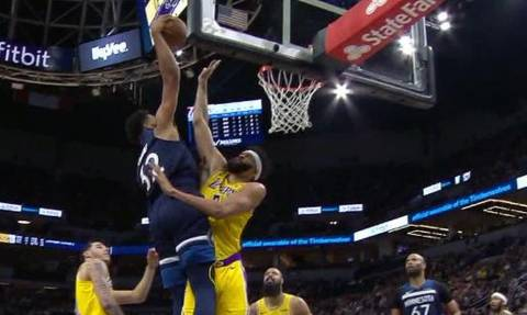 NBA: Κυρίαρχος Καρλ Άντονι Τάουνς στο Top-10 (vid)
