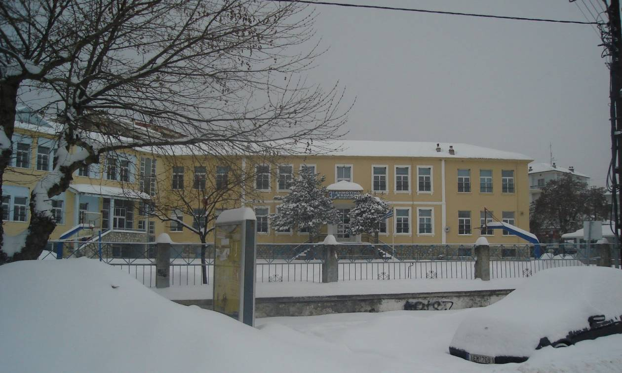 Several schools in Attica to remain closed on Tuesday -Wednesday due to expected heavy snowfall