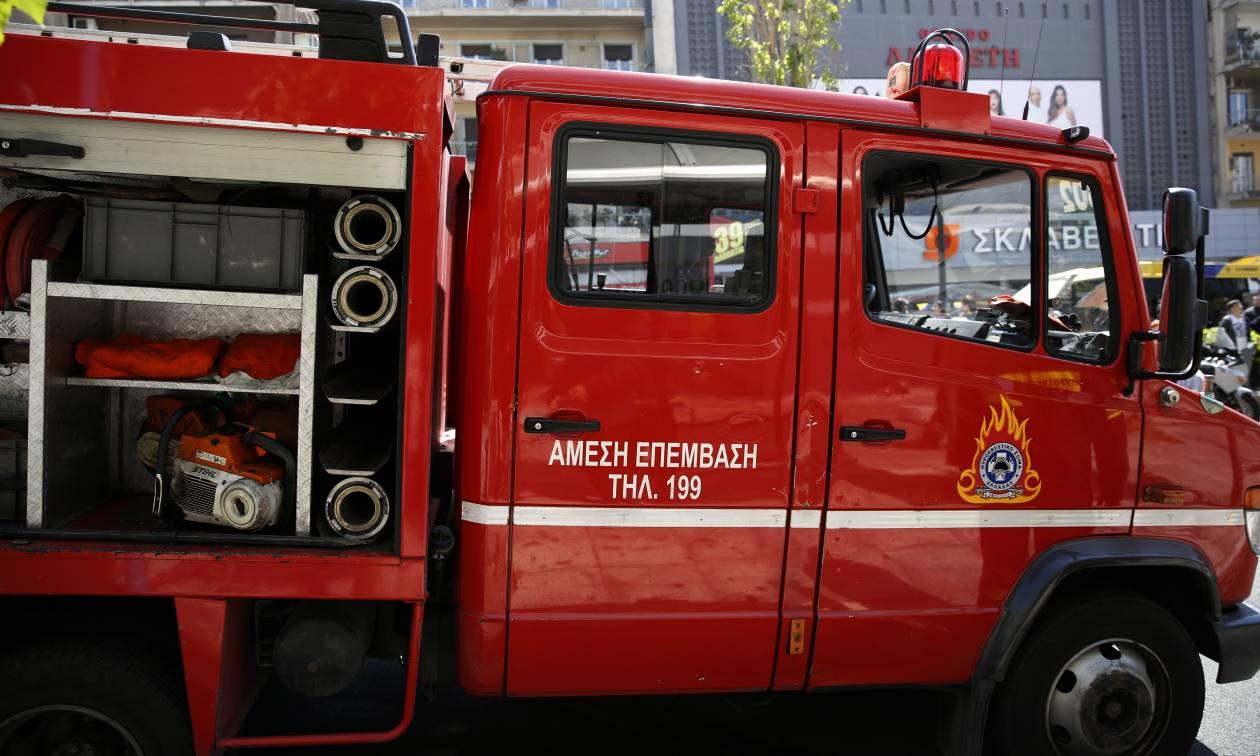 Αγωνία στην Καλλιθέα: Δύο μικρά παιδιά στο νοσοκομείο μετά από πυρκαγιά