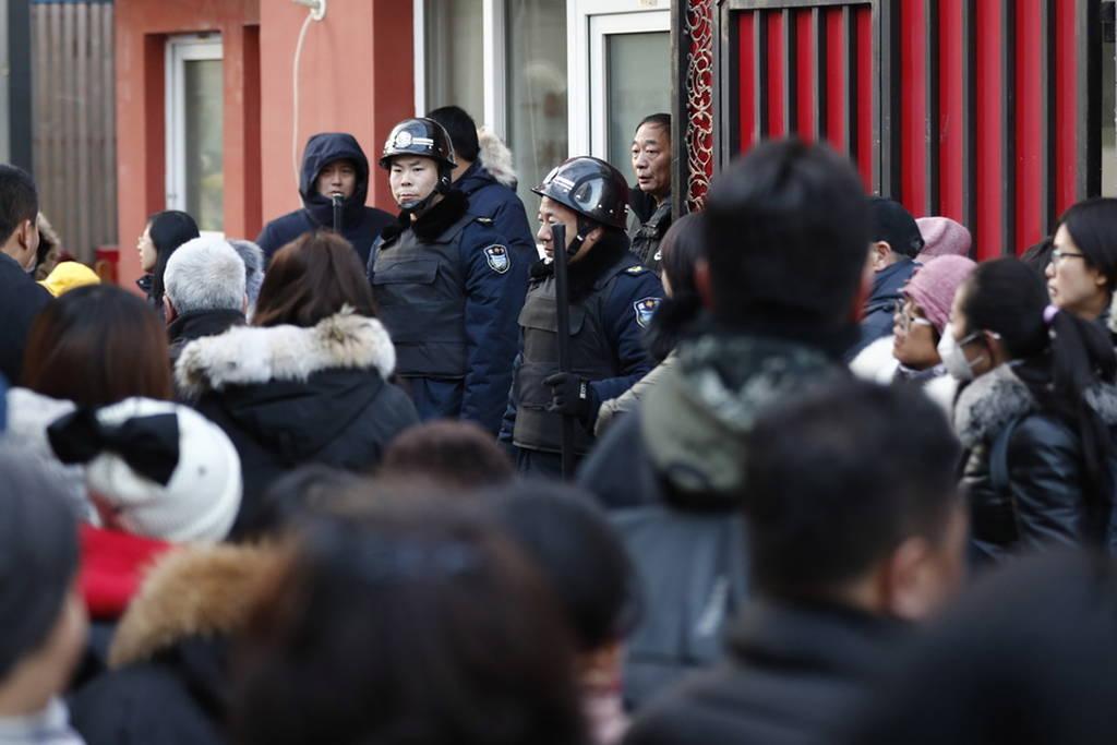 Τρόμος σε σχολείο στο Πεκίνο: Είκοσι παιδιά τραυματίστηκαν από επίθεση με σφυρί (pics)