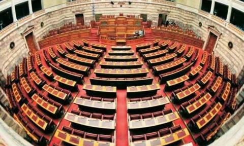 Βουλή: Άγρια κόντρα κυβέρνησης - αντιπολίτευσης για την υπόθεση Novartis