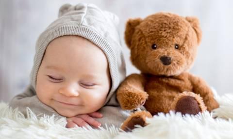 Όλα όσα πρέπει να γνωρίζετε για τα μωρά που γεννιούνται τον Γενάρη