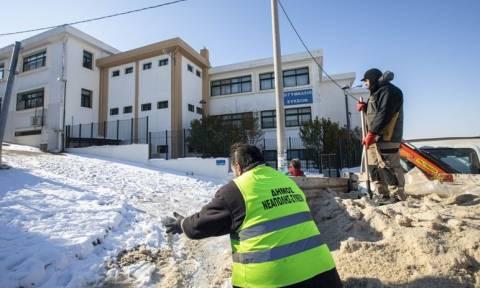 Καιρός: Κλείνουν τα σχολεία στη Θεσσαλονίκη λόγω του χιονιά
