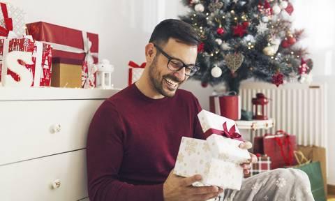 Με αυτόν τον τρόπο θα επιλέξεις το κατάλληλο δώρο για αυτόν!
