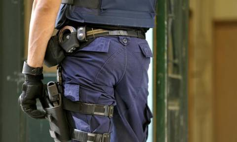 Χανιά: Στο σκαμνί ειδικός φρουρός για κλοπή όπλου συναδέλφου του - Αναβολή της δίκης