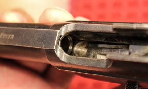 Θάσος: Βρέθηκε πιστόλι στον πάτο της θάλασσας