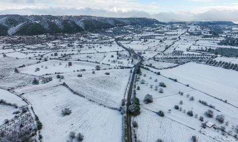 Καιρός ΤΩΡΑ: «Υπατία» με χιόνια, καταιγίδες και πολλά μποφόρ (pics)