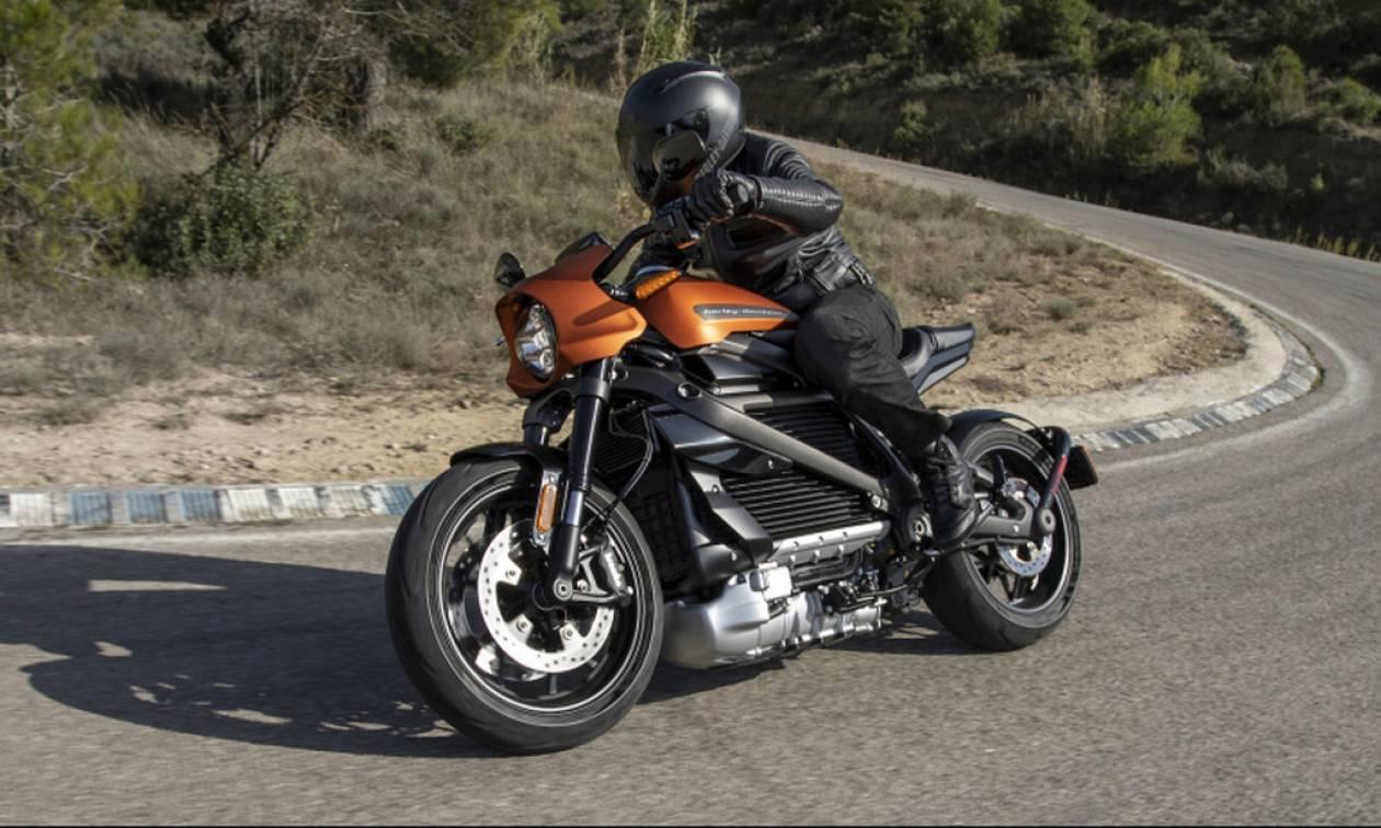 Τι διαφορετικό έχει ΑΥΤΗ η Harley Davidson;