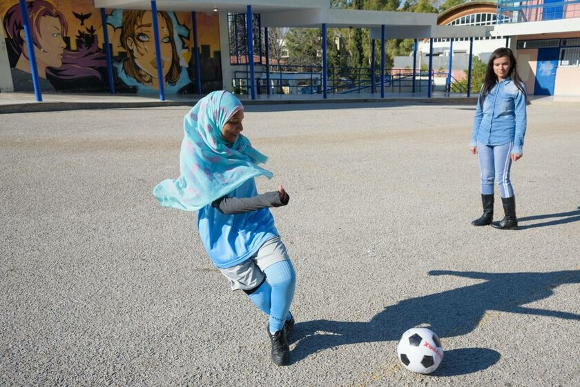 """""""Μαζί, για όλα τα παιδιά"""" Μια εκστρατεία – ένα καλύτερο μέλλον για παιδιά πρόσφυγες"""
