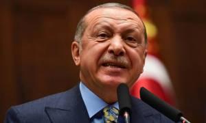 Σε απελπισία ο Ερντογάν: Χιλιάδες εκατομμυριούχοι εγκαταλείπουν την Τουρκία για να γλιτώσουν
