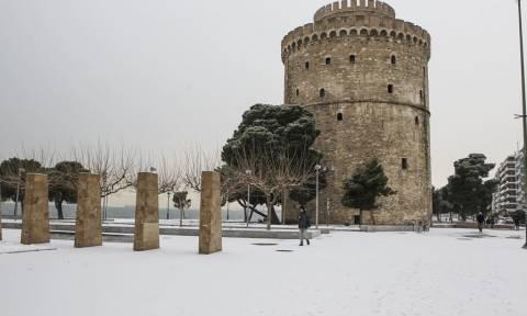 Κακοκαιρία: Σε κατάσταση έκτακτης ανάγκης ο Δήμος Θεσσαλονίκης λόγω χιονιά