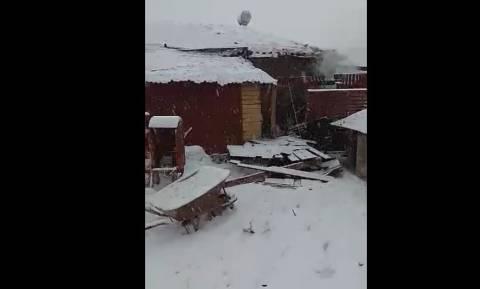 Τρόμος στην Κοζάνη: Κεραυνός μετέτρεψε σε… βόμβα τον λέβητα σπιτιού! (vid)