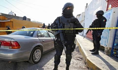 Φρίκη στο Μεξικό: Βρέθηκαν 17 απανθρακωμένα πτώματα