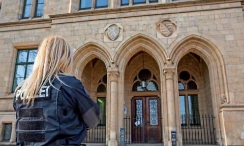 Συναγερμός στη Γερμανία: Απειλές για βόμβες - Εκκενώθηκαν δικαστήρια σε ολόκληρη τη χώρα