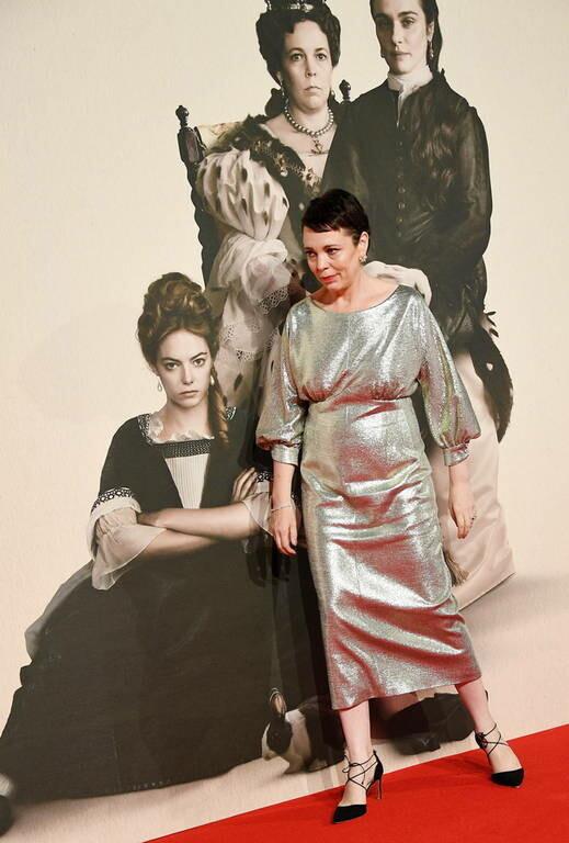 Ολίβια Κόλμαν: Όλο το Χόλιγουντ μιλά για την «Ευνοούμενη» του Γιώργου Λάνθιμου (pics&vids)