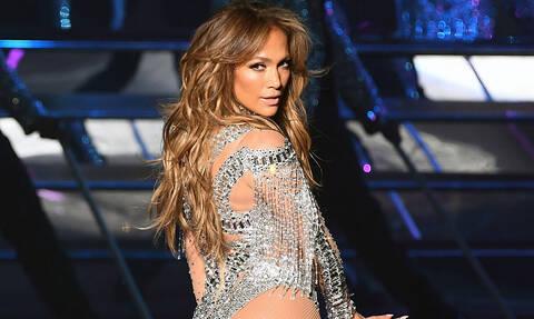 Jennifer Lopez: Λίγο πριν κλείσει τα 50 μας δείχνει τις ρυτίδες της (pic)
