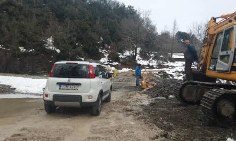 Καιρός: Αποκαταστάθηκε η κυκλοφορία σε χωριά της Δυτικής Φθιώτιδας (pics)