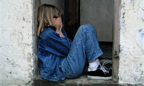 Καταγγελία - φρίκη σε νησί του Αιγαίου: Μητέρα εξέδιδε την ίδια της την κόρη