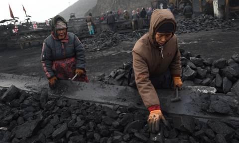 Τραγωδία: 21 νεκροί από κατάρρευση στοάς σε ανθρακωρυχείο – Θρίλερ με παγιδευμένους εργάτες
