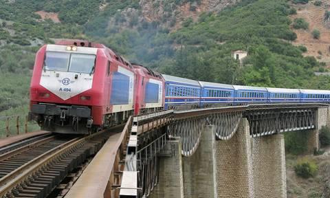 Τραγωδία έξω από τη Θεσσαλονίκη: Τρένο παρέσυρε άνδρα
