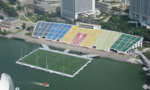 Τα πιο περίεργα γήπεδα στον κόσμο (pics)