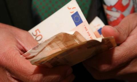 Ο Μητσοτάκης καταγγέλλει «παζάρια» του ΣΥΡΙΖΑ με βουλευτές της αντιπολίτευσης