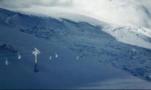 Xιονοστιβάδα - γίγας «εξαφάνισε» το χιονοδρομικό κέντρο Καλαβρύτων (pics)