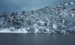 Έκτακτο δελτίο ΕΜΥ: Ο χιονιάς «χτυπάει» από ώρα σε ώρα την Αττική - Πού θα χιόνισει