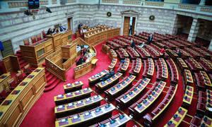 Ψήφος εμπιστοσύνης: Η «μονομαχία» στη Βουλή ξεκινά το μεσημέρι της Τρίτης (15/01)