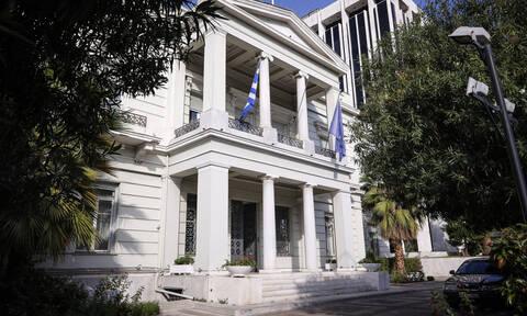 Σκληρή απάντηση του ΥΠΕΞ στη Ρωσία: Σεβαστείτε τη Συμφωνία των Πρεσπών και την ελληνική Δημοκρατία